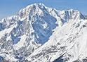 Vista innevata della punta del Monte Bianco